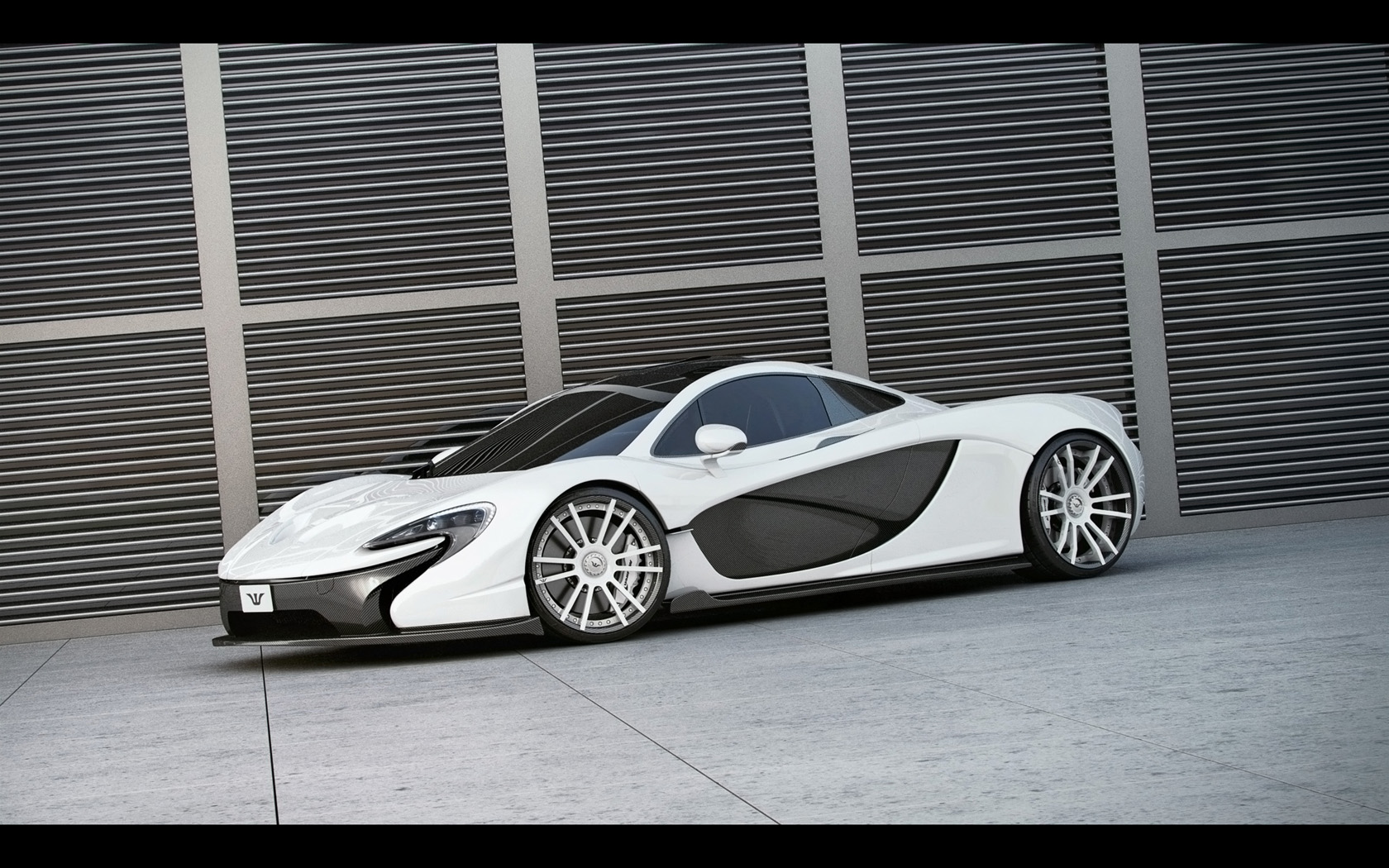 2014-Wheelsandmore-McLaren-P1-Static-1-1680x1050